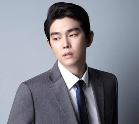 Artis Korea Yoon Kyun-sang