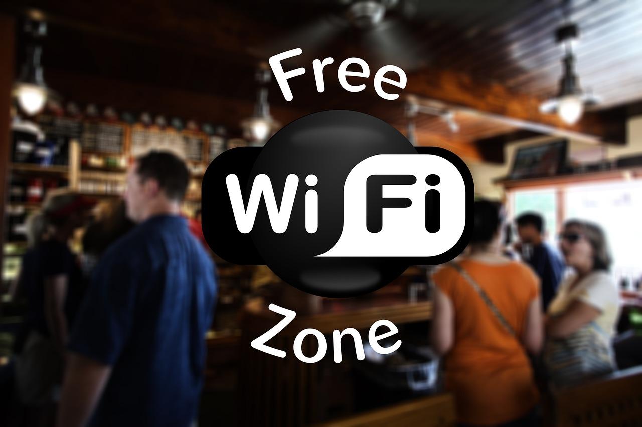 Cara hidup hemat dengan memanfaatkn wifi gratis
